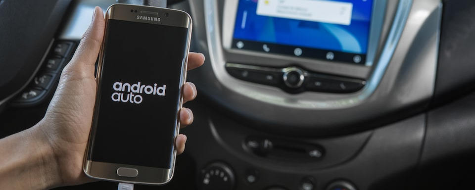 Tecnología Chevrolet My Link con Smartphone Integration (Apple CarPlayTM y Android Auto TM)